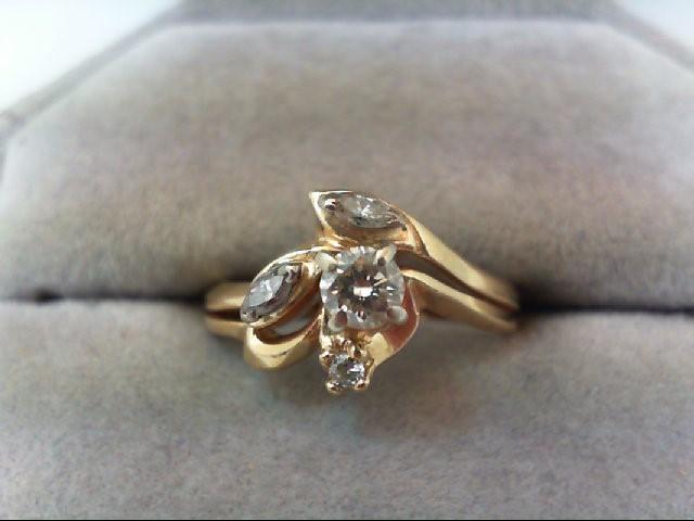 Lady's Diamond Wedding Set 4 Diamonds .35 Carat T.W. 14K Yellow Gold 3.7g