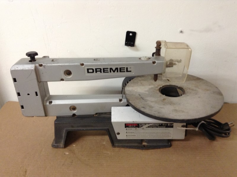DREMEL MotoTool/Dremel 16 INCH VARIABLE SPEED SCROLL SAW