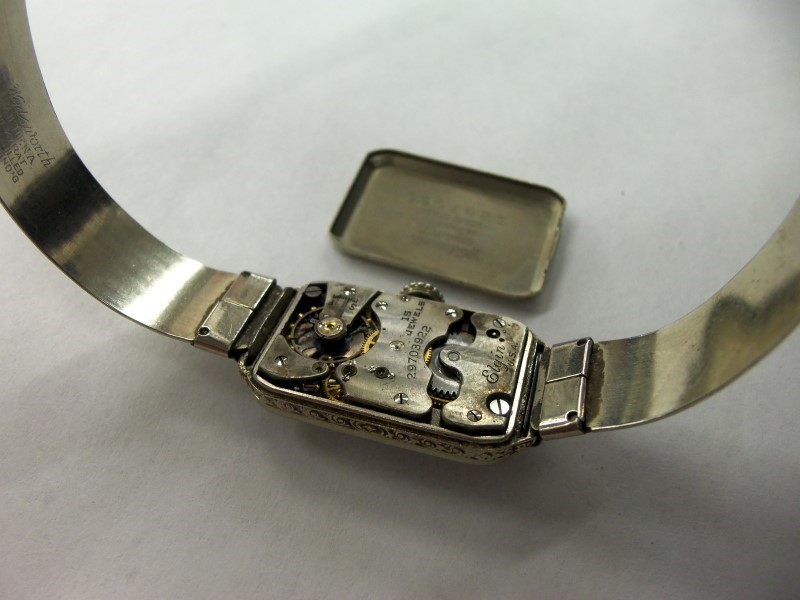 "ELGIN VINTAGE LADIES WATCH 14K SOLID GOLD 15J MOVEMENT ""ADJUSTABLE 14K BAND"""