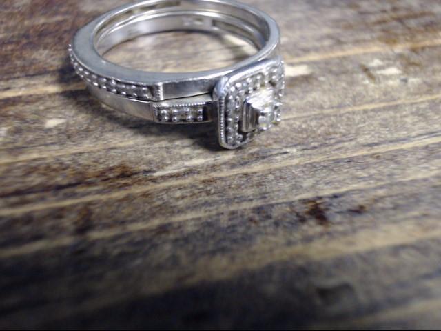 Lady's Diamond Wedding Set 31 Diamonds .33 Carat T.W. 10K White Gold 3.1g