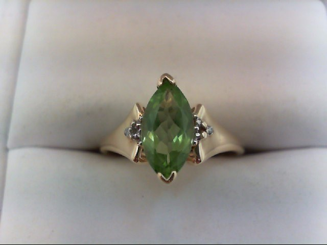 Peridot Lady's Stone & Diamond Ring 2 Diamonds .02 Carat T.W. 10K Yellow Gold
