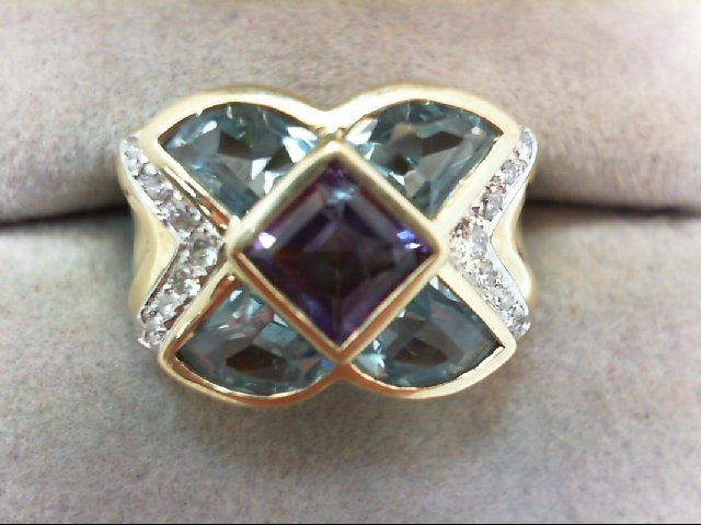 Lady's Diamond Fashion Ring 7 Diamonds .07 Carat T.W. 14K Yellow Gold 5.8g