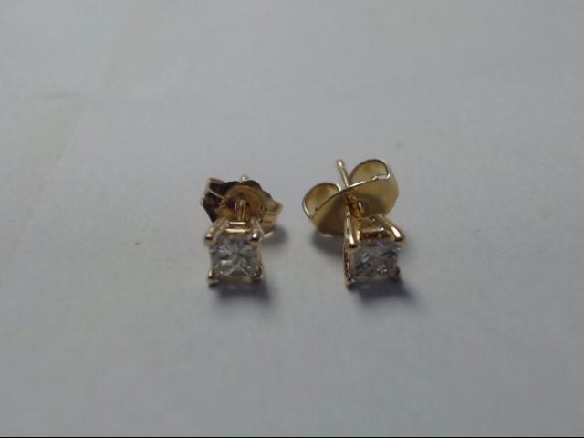 Gold-Diamond Earrings 2 Diamonds .20 Carat T.W. 14K Yellow Gold 0.72g
