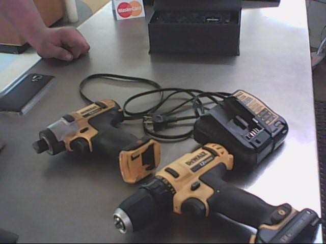 DEWALT Cordless Drill DW953RFK-2 12 VOLT INSTALLERS KIT: DRILL/DRIVER R