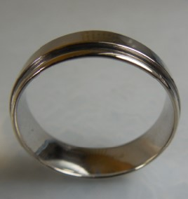 MEN'S 7.0MM WIDE WEDDING BAND 14KWG 7.1G SZ.11
