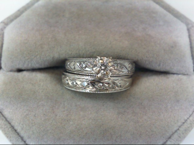 Lady's Diamond Wedding Set 7 Diamonds .16 Carat T.W. 14K White Gold 4.5g