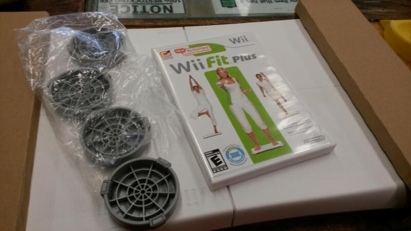 NINTENDO Nintendo Wii Game WII FIT PLUS - GAME WITH BOARD