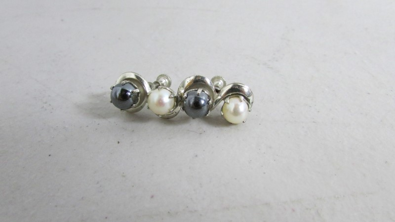 Synthetic Pearl Silver-Stone Earrings 900 Silver 8.28g