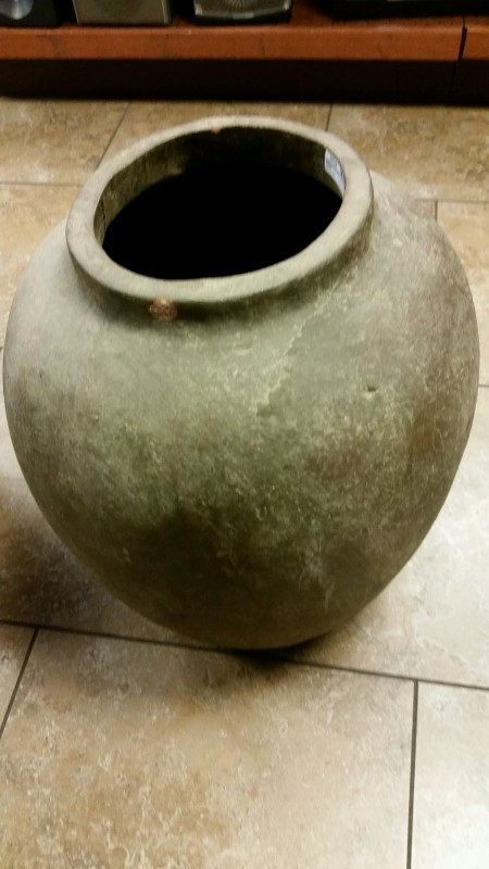 POTTERY Miscellaneous Furniture VASE
