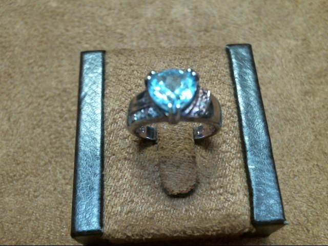 Lady's Silver Ring 925 Silver 3.2dwt