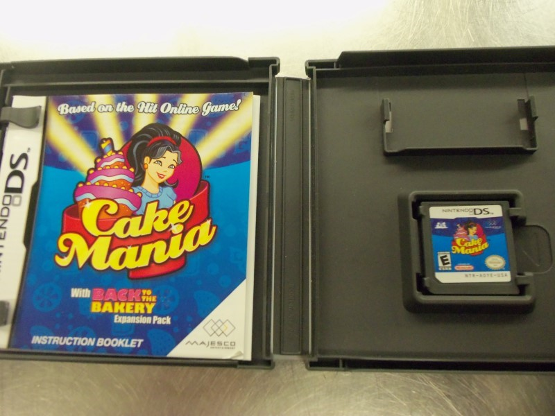 NINTENDO DS CAKE MANIA GAME & CASE & BOOKLET