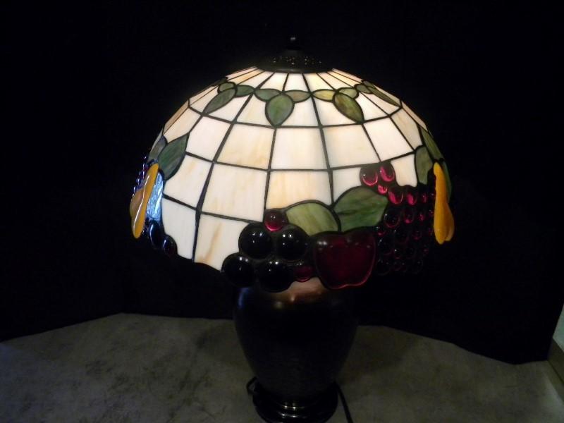 TIFFANY STYLE FRUIT LAMP