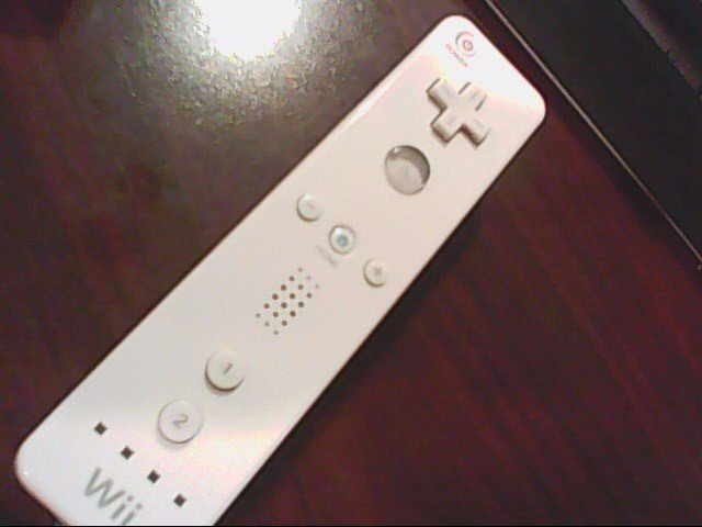 NINTENDO WII REMOTE WIRELESS CONTROLLER WHITE