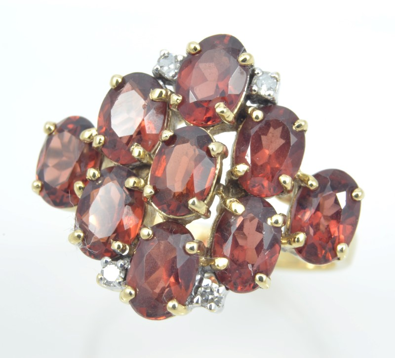 ESTATE RED GARNET DIAMOND RING SOLID 10K GOLD OVAL CLUSTER SIZE 6.5