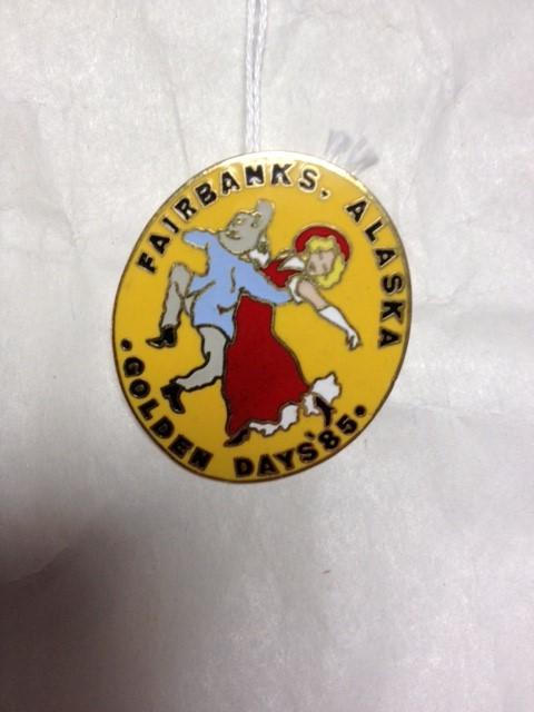 GOLDEN DAYS 1985 PIN