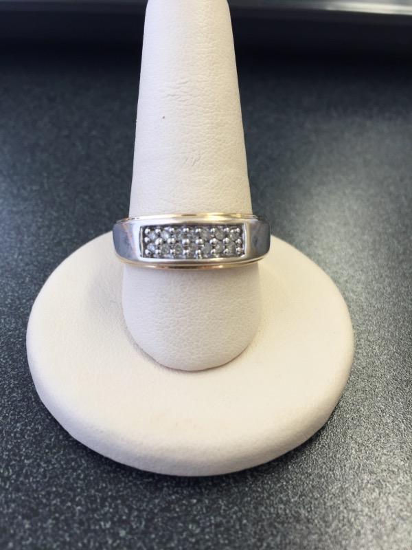 Gent's Diamond Fashion Ring 14 Diamonds .28 Carat T.W. 14K Yellow Gold 5.1g