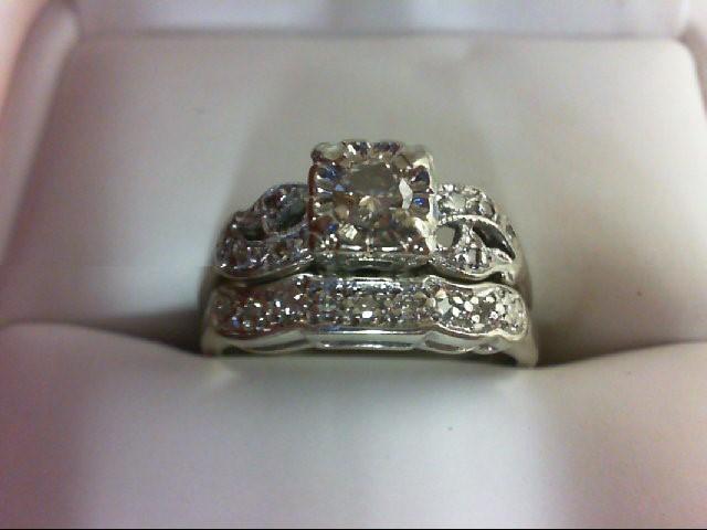 Lady's Diamond Wedding Set 17 Diamonds 0.31 Carat T.W. 14K White Gold 4.1g Size: