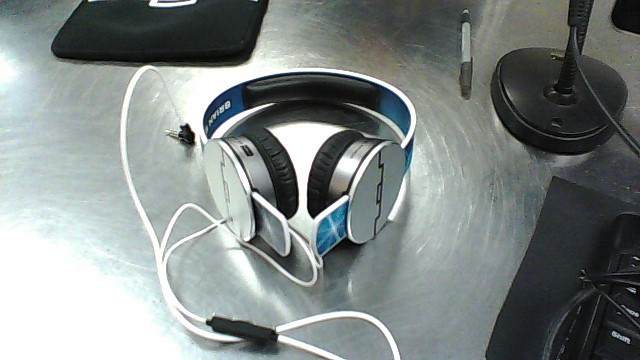 SOL REPUBLIC HEADPHONES TRACK5 BRIAN WILCOX