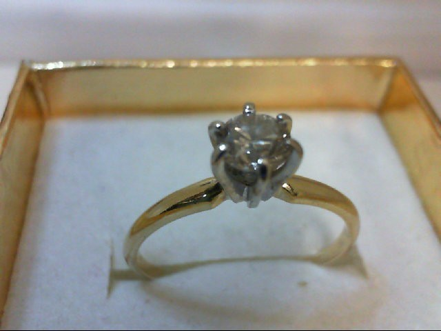 Lady's Beautiful Bright Diamond Solitaire Ring 0.35 CT. 14K Yellow Gold 1.4grams