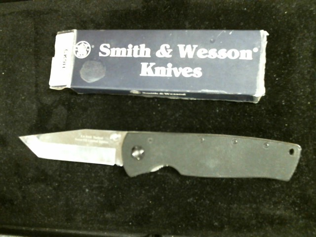 SMITH & WESSON Hunting Knife CK9H