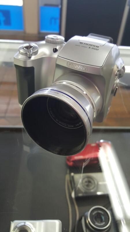 FUJIFILM Digital Camera FINEPIX S3100