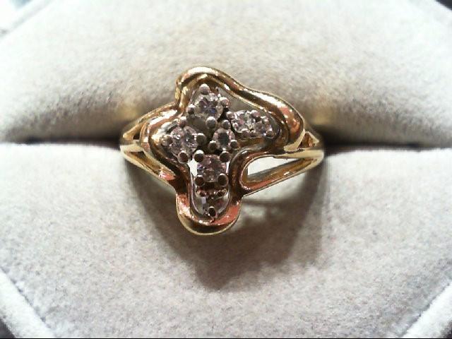 Lady's Diamond Cluster Ring 7 Diamonds .28 Carat T.W. 14K Yellow Gold 4.7g