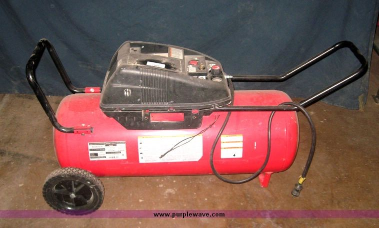 HUSKY Air Compressor WL650702AJ