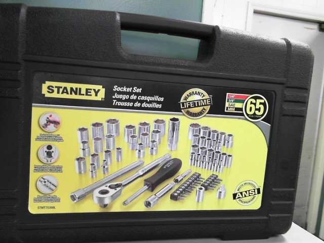 STANLEY Miscellaneous Tool 65 PCS SOCKET SET