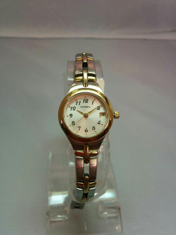 FOSSIL Lady's Wristwatch ES-9439