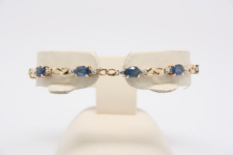 SAPPHIRE AND DIAMOND BRACELET 14K YELLOW GOLD