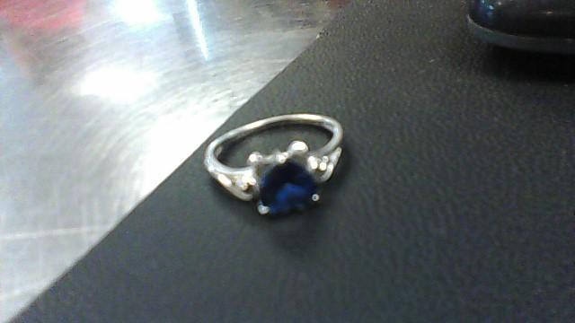 Lady's Gold Ring 10K White Gold 2g