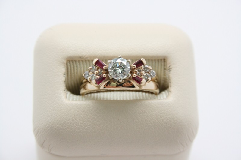 LADY'S RUBY & DIAMOND WEDDING SET 18K YELLOW GOLD