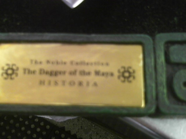 THE NOBLE  COLLECTION (THE DAGGER OF THE MAYA) HISTORIA