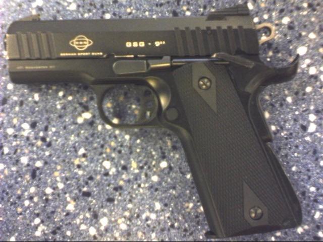 GERMAN SPORTING GUNS PISTOL GSG-922SF .22 CAL