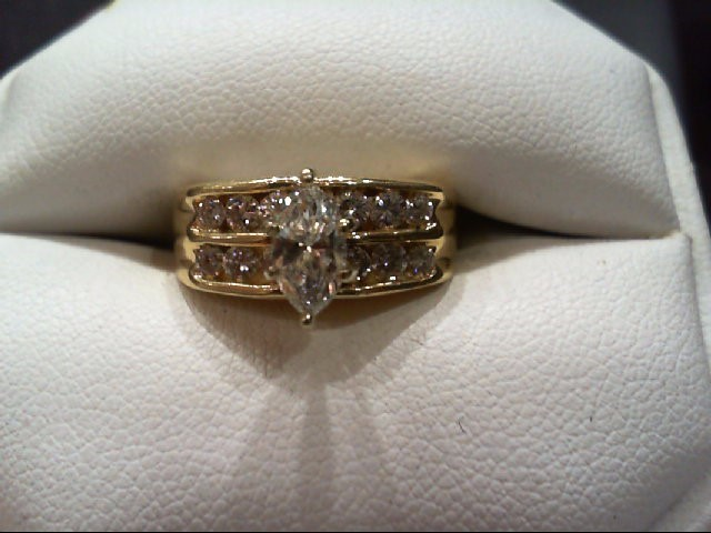 Lady's Diamond Cluster Ring 13 Diamonds .98 Carat T.W. 14K Yellow Gold 5.3g