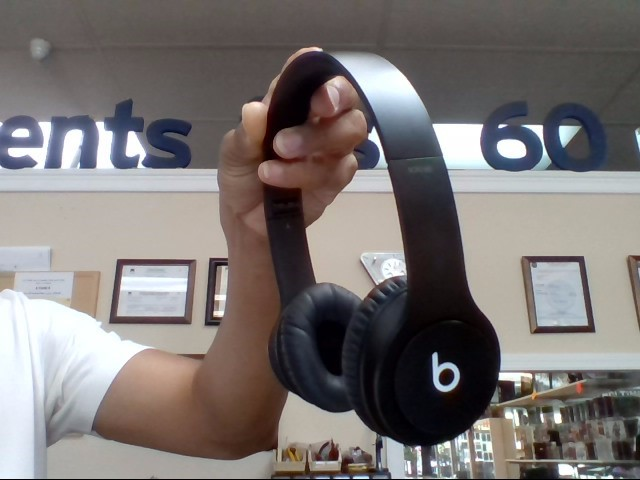 BEATS BY DR DRE Headphones SOLO HD