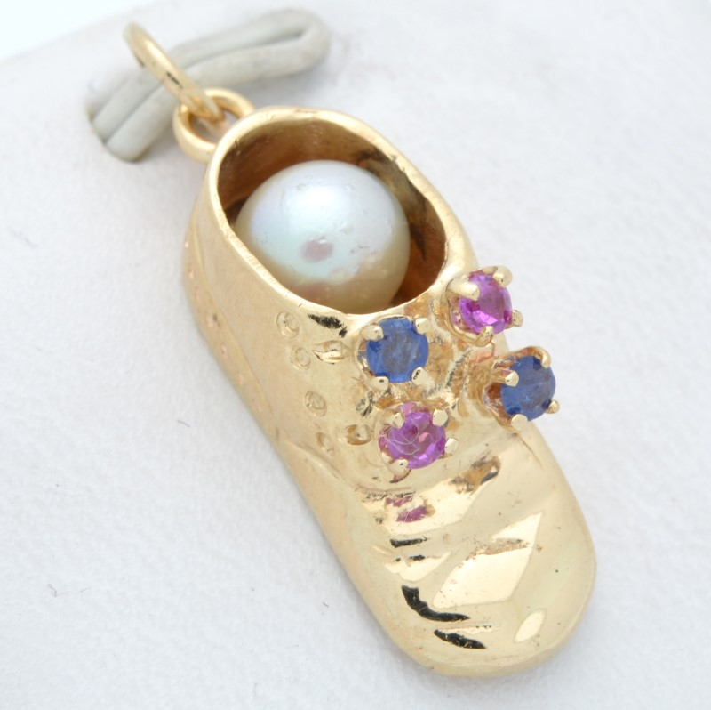 SOLID 14K GOLD BABY SHOE PENDANT CHARM PEARL BLUE PINK GEM CHILD
