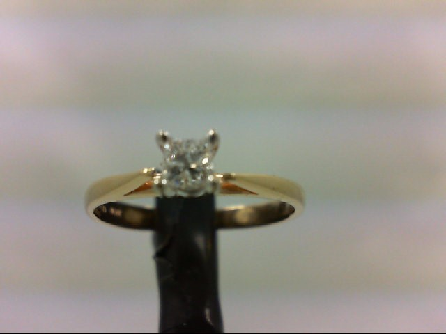 Lady's Diamond Engagement Ring 0.15 CT. 10K Yellow Gold 1.5g Size:6