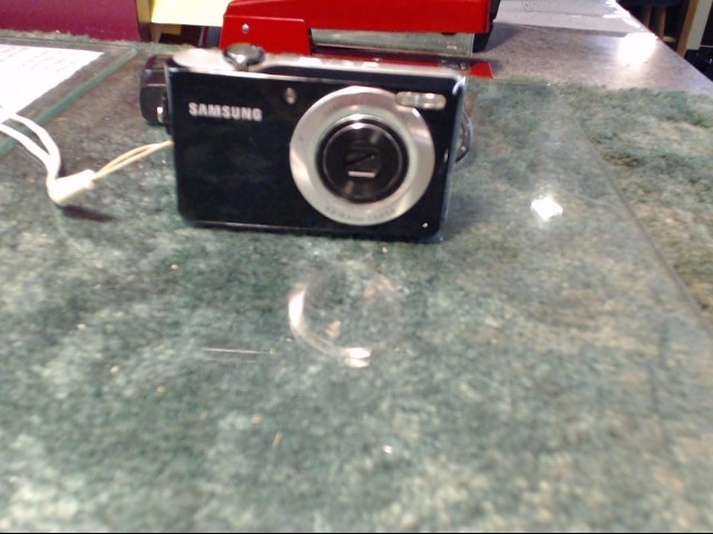 SAMSUNG Digital Camera TL205