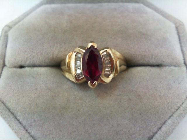 Lady's Diamond Fashion Ring 13 Diamonds .13 Carat T.W. 10K Yellow Gold 4g
