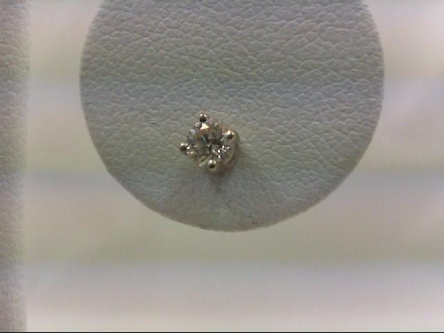 Gold-Diamond Earrings 0.15 CT. 14K White Gold 0.2g
