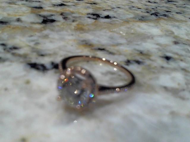 Lady's Gold Ring 14K Rose Gold 2.3g