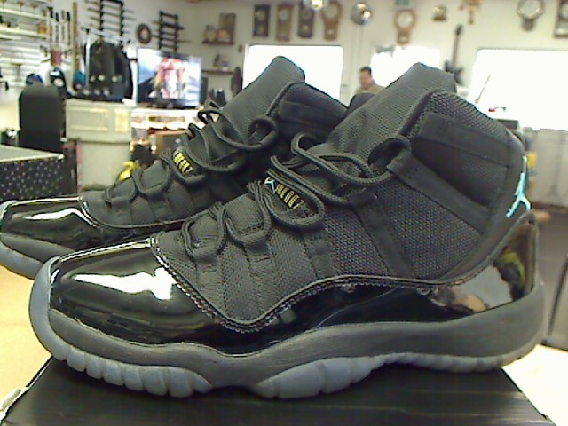 NIKE Shoes/Boots AIR JORDAN 11 RETRO