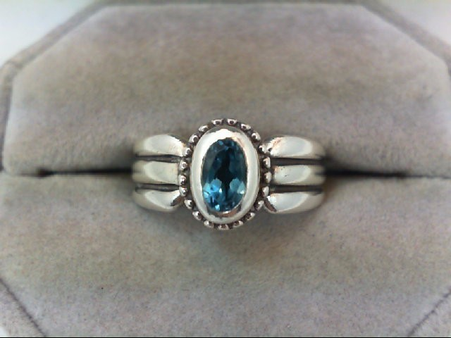Lady's Silver Ring 925 Silver 5.2g