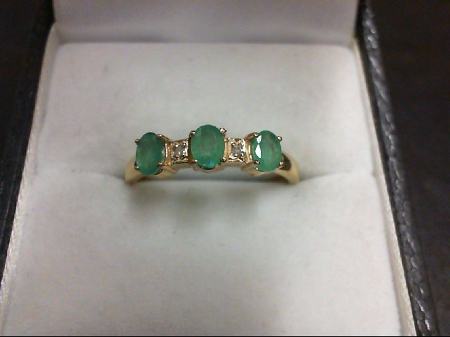 Emerald Lady's Stone & Diamond Ring 2 Diamonds 0.02 Carat T.W. 14K Yellow Gold 2
