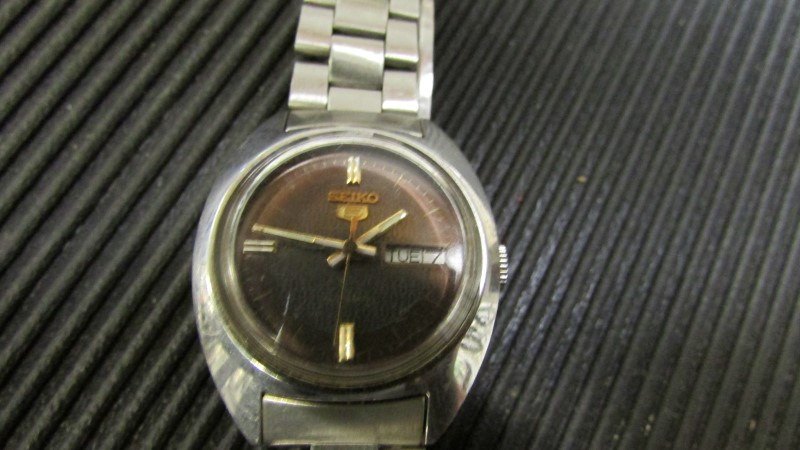 SEIKO Lady's Wristwatch WOMENS WATCH