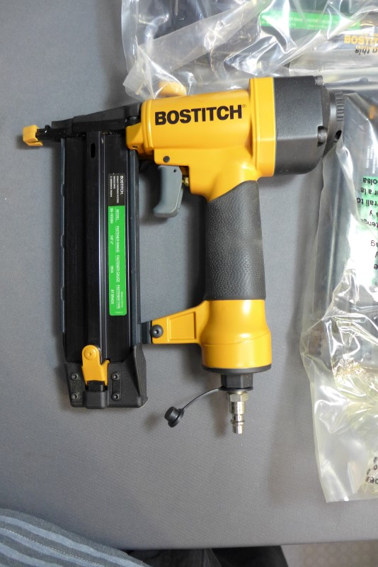 BOSTITCH Nailer/Stapler SB-1850BN STAPLER