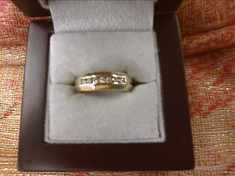 Gent's Gold-Diamond Wedding Band 7 Diamonds .21 Carat T.W. 14K Yellow Gold