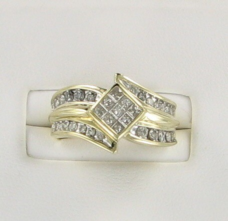 Lady's Diamond Fashion Ring 37 Diamonds 1.29 Carat T.W. 10K Yellow Gold 3.5dwt