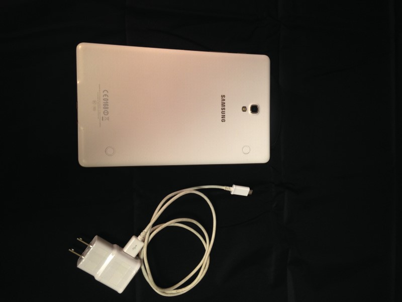 SAMSUNG Tablet SM-T700